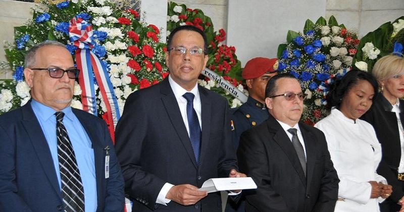 Director Promese exhorta mantener vivos ideales Padres de la Patria